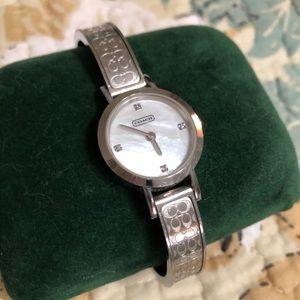 Coach Signature Bangle Watch Silver Pearl Diamond